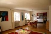 Blick in den Essbereich - Ferienwohnung für Familien - Bilder-Galerie - Bildergalerie: Ferienwohnung für Familien - Haus Mandorla - Ferienheim und Gästehaus